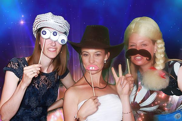 Brud til bryllup i photoboothen